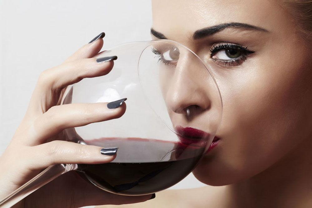 Можно выпить красное вино