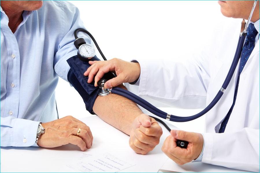 Измерение пульса у человека