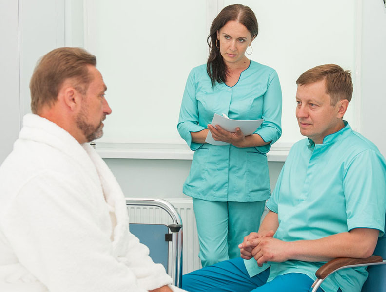 Осмотр и консультация хирурга