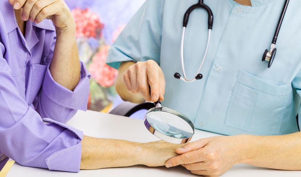 Посещение врача дерматолога